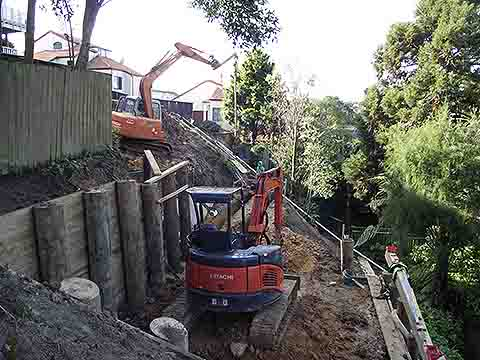 Earthmoving on steep site in Remuera, Auckland